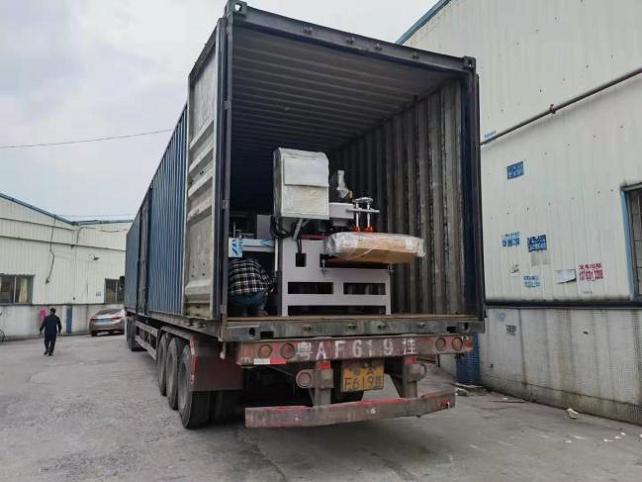 发往湖北武汉工地瓷砖加工设备两台