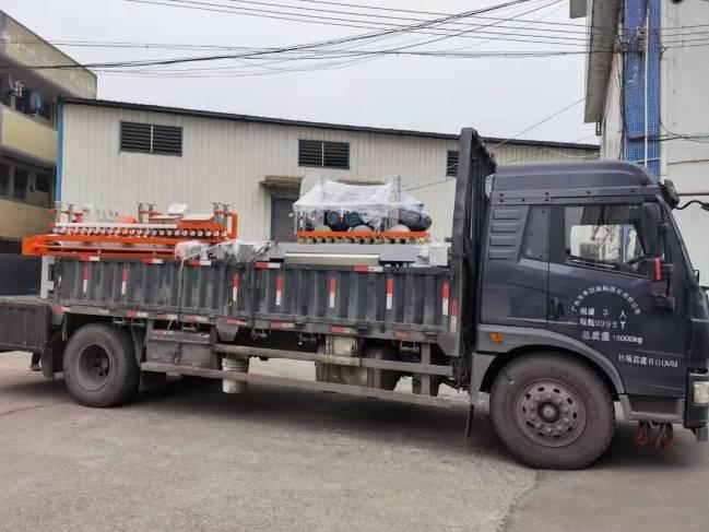 发往广州工地现场瓷砖切割倒角设备两台